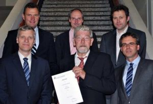 Prof. Hungenberg and colleagues at the Paderborn University and the Institute for Polymer Materials and Processes