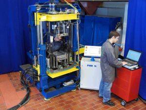Test setup in the IKV PU pilot plant. Image: IKV.
