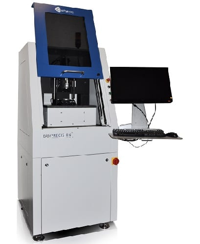 New measuring system for special optic devices_FotoSabineNollmann