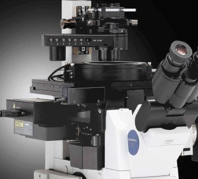 Microscope with Z-Drift Compensation System