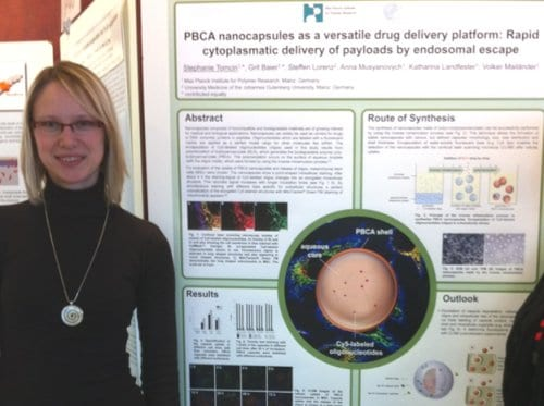 Stephanie Tomcin and the winning poster on rapid cytoplasmatic delivery