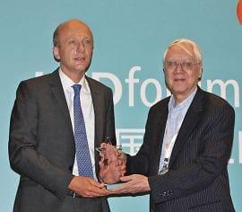 AIXTRON wins LEDinside Aurora Award 2012