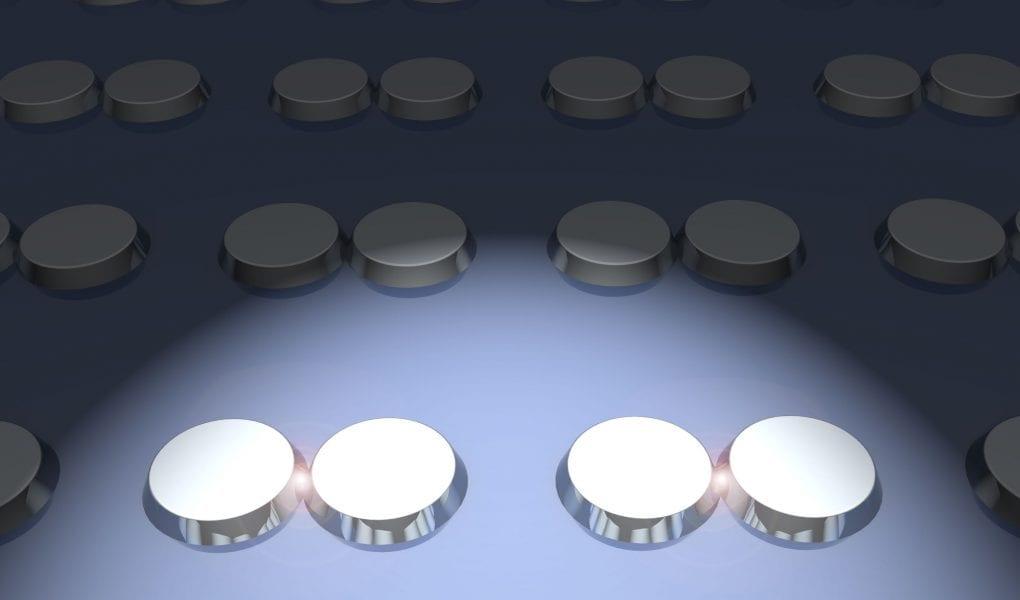 Broadband Plasmonic Response of Semiconductor Disks