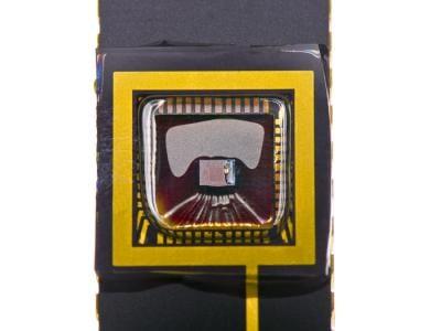 Ultra-thin organics for creating better CMOS sensors