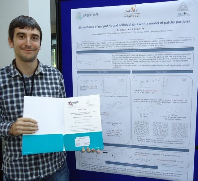 Guillaume Chivot and the winning poster on colloidal and polymeric gels