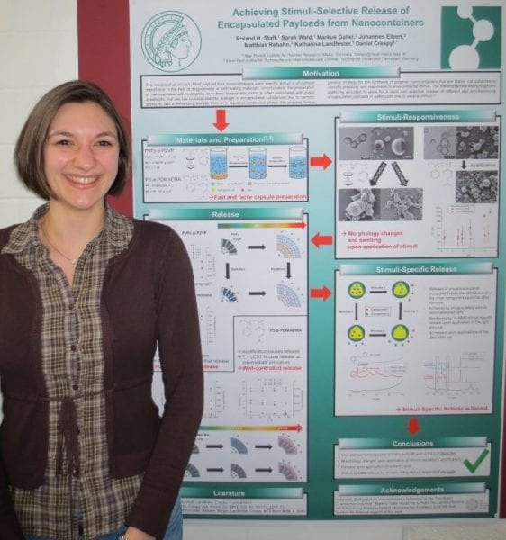 Sarah-Wald-and-the-winning-poster-on-nanocontainers-with-a-stimulus-specific-release-of-playloads