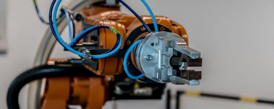 New Robot Reproduces Experts' Movements