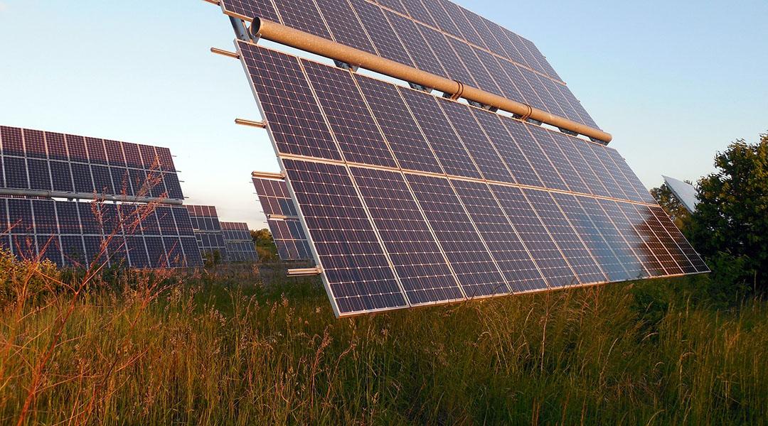Targeted Performances for Non-Fullerene Organic Photovoltaics