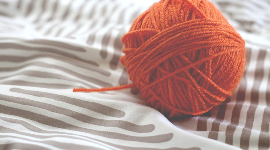A Knittable and Washable Conducting Yarn for Functional Textiles