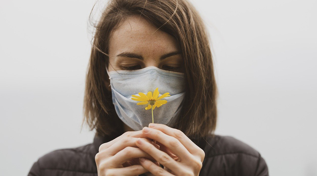 Why do some COVID-19 patients lose their sense of smell?