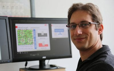 Machine learning methods provide new insights into organic-inorganic interfaces